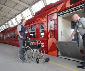На вокзалах октябрьской железной дороги более 2600 чел. воспользовались сервисом РЖД «маломобильные пассажиры».